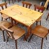 Tisch mit 6 Gasthaussessel