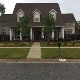 5 Bedroom Home for Sale 4900 sq.ft, 984 Bucyrus Lane, Zip Code 32533