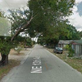 Land for Sale 0.09 acre, 909 Northeast 13th Avenue, Zip Code 34972
