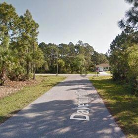 Land for Sale 0.22 acre, 1020 Davenport Drive, Zip Code 33953