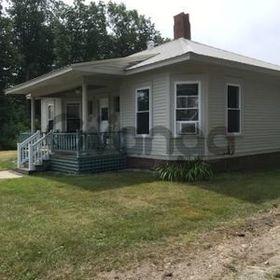 3 Bedroom Home for Sale 1000 sq.ft, 19 Maple Street, Zip Code 04048