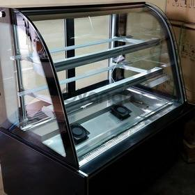 Cake Chiller 4ft. Curved Glass (Brand New)