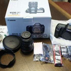 For sale CANON EOS 5D Mark III Kit + 24-105mm