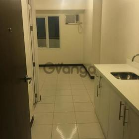 Resale or for Rent Studio unit with balcony at Zitan Greenfield