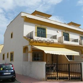 3 Bedroom Townhouse for Sale 105 sq.m, Daya Nueva
