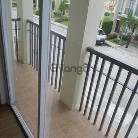 Single att 3 bdr 3 tb house w balcony and lanai prime location
