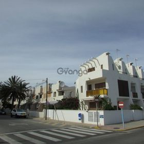 3 Bedroom Townhouse for Sale 0.8 a, Torrevieja