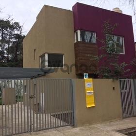 Vende casa en Pilar