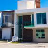 Casa en venta al sur de la ciudad con acabados de lujo precio de oportunidad