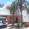 En Venta Excelente Townhouse cerca de la 4 de Mayo Urb. Sabanamar