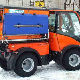 Мини-трактор Holder M480 с коммунальным оборудованием
