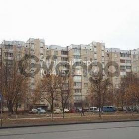 Продается квартира 5-ком 105 м² ул. Харьковское шоссе, 178, метро Вырлица
