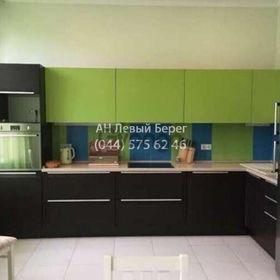 Сдается в аренду квартира 3-ком 121 м² ул. Дмитриевская, 66А, метро Лукьяновская