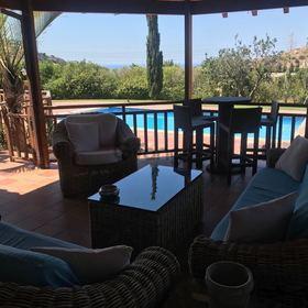 Роскошная вилла с 4 спальнями в Agios Tychonas