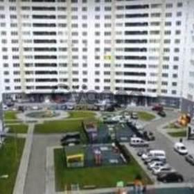 Сдается в аренду квартира 1-ком 50 м² Драгоманова ул., метро Позняки