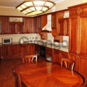 Сдается в аренду квартира 5-ком 210 м² Ковпака ул., метро Дворец Украина