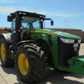 трактор колесный John Deere 8335R Год выпуска 2013