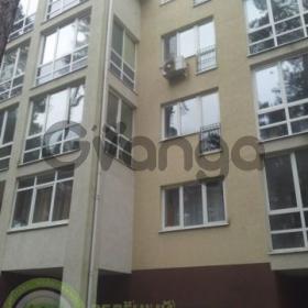 Продается квартира 2-ком 65 м² Садовая