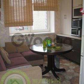 Продается квартира 2-ком 60 м² Баженова