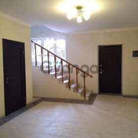 Продается дом 7-ком 300 м² Калужская ул.