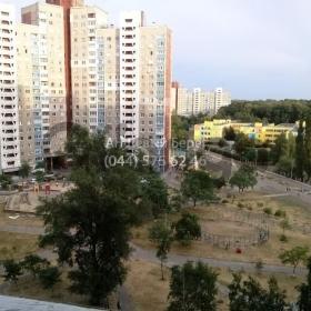 Продается квартира 3-ком 72 м² ул. Академика Заболотного, 4, метро Теремки