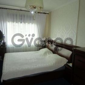Продается квартира 3-ком 70 м² ул. Маршала Жукова, 5, метро Лесная