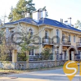 Продается дом 6-ком 460 м² Соловяненко ул. 2а