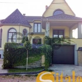 Продается дом 6-ком 560 м² Бажана Николая пр-т