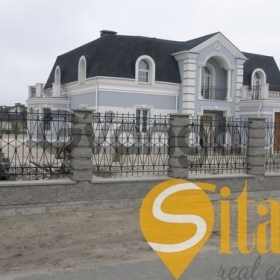 Продается дом 6-ком 440 м² Большая Дамба ул.