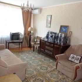 Сдается в аренду квартира 3-ком 70 м² Ленинградская,д.18