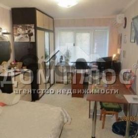 Продается квартира 3-ком 63 м² Борщаговская