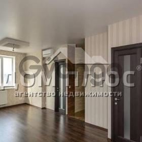 Продается квартира 3-ком 73 м² Ревуцкого