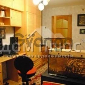 Продается квартира 3-ком 82 м² Московская