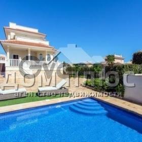 Продается дом 3-ком 195 м²