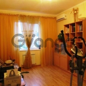 Продается квартира 2-ком 64 м² Восточный пер., 38