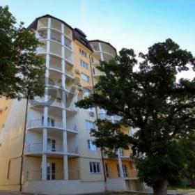 Продается квартира 2-ком 116 м² ул. Лазурная, 10