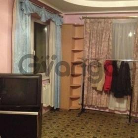 Сдается в аренду комната 2-ком 45 м² Авиаторов,д.11