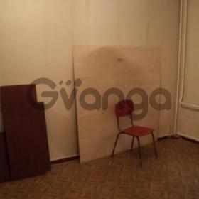 Продается комната 4-ком 80 м² 20 лет Октября пр-кт., 75