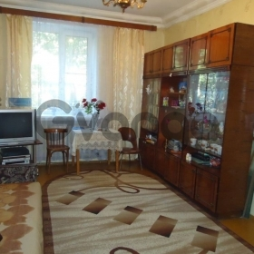 Продается Квартира 3-ком ул. Молодогвардейская, 20