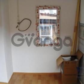 Продается квартира 2-ком 43 м² ул. 20 Линия, 12
