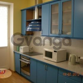 Продается квартира 2-ком 86.6 м² Сталинграда ул.
