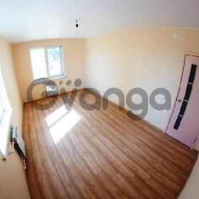 Продается квартира 2-ком 52.2 м² антонова ул.,2