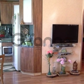 Продается квартира 2-ком 37  Локомотивный поселок, 6
