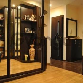 Сдается в аренду квартира 2-ком 70 м² ул. Гончара Олеся, 59, метро Университет