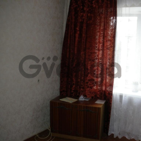 1 комнатная квартира Довженко 2/5к,  13500у.е