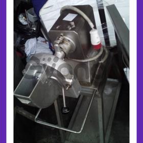 Продам Zanussi привод универсальный бу с шинковкой