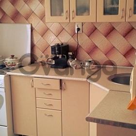 Сдается в аренду квартира 1-ком 40 м² Комарова, 20
