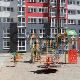 Продается квартира 2-ком 70 м² ул. Драгоманова, 4а/6, метро Позняки