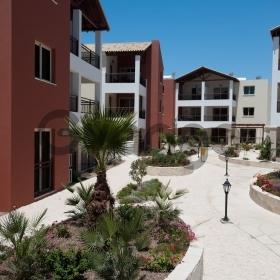 Продается Апартаменты 2-ком 69 м²
