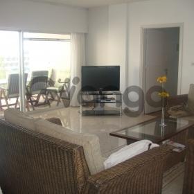 Сдается в аренду Апартаменты 3-ком 150 м²